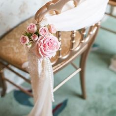 Downton Abbey-esque elegance reigns in this vintage blush inspiration with hints of coral! - Image by Joseph Matthew