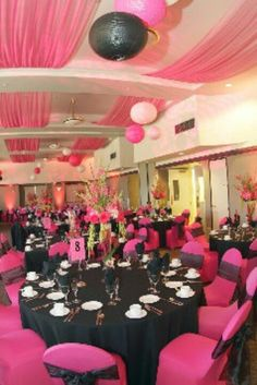 @Daria Ivanova Ivanova Silvan - Pink and black wedding reception....somehow where is the white camo gonna in?