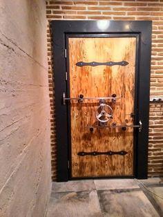 Mechanical door