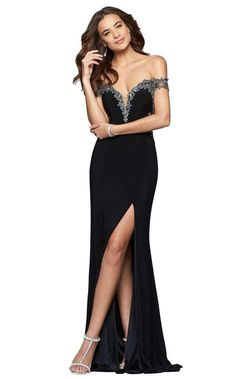 Shop the largest selection of designer prom and pageant dresses Faviana Glamour 2020 Prom Dresses, Bridal Gowns, Plus Size Dresses for Sale in Fall River MA Hollywood Gowns, Strapless Dress Formal, Formal Dresses, Bride Dresses, Gala Dresses, Prom Gowns, Faviana Dresses, High Skirts, Regal Design