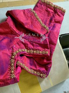 For order ping me 9895473878 Kerala Saree Blouse Designs, Saree Blouse Neck Designs, Bridal Blouse Designs, Blouse Patterns, Simple Blouse Designs, Stylish Blouse Design, Maggam Work Designs, Anna, Work Blouse