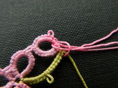 Allison's Tatted Lace : Lark's Head Knot
