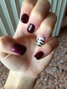 Fall mani  purple base and coloured ring finger..