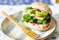 Simple gluten-free bread rolls containing vitamin C rich baobab. These healthy buns are perfect for sandwiches, alongside soup or even at a summer BBQ. Veggie Recipes, Lunch Recipes, Bread Recipes, Bread Bun, Savoury Dishes, Recipe Using, Tray Bakes, Buns, Veggies
