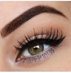 Beautiful eye makeup!