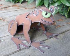 Frog Metal Garden Art Sculpture by henry Dupere