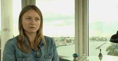 Wie verschiedene Medien unter Berufung auf das Auswärtige Amt berichten, ist die deutsche Journalistin Janina F. , die fast ein Jahr lang von der syrischen Al-Nusra-Front als Geisel genommen war, wieder freigelassen worden. Sie befinde