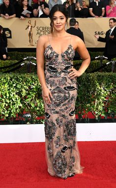 Gina Rodriguez from 2017 SAG Awards: Red Carpet Arrivals