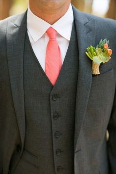 Wedding Suit When men wear pink. it's got to be a papaya shade of pink! Loving this tie on the charcoal gray suit! { - Papaya Wedding Decor by Andy Rodriguez Photography - Add an exotic edge to your decor with this tropical tone. Tuxedo Wedding, Wedding Men, Wedding Suits, Wedding Attire, Wedding Ideas, Bridesmaids And Groomsmen, Groom Attire, Groom And Groomsmen, Men's Clothing