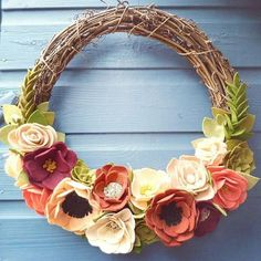 So many ideas and projects on the go right now. Absolutely loved making this wreath using so many rich colours and those gorgeous succulents make my heart sing!  #feltflowers #feltwreath #feltflorist #handmade #handmadeflowers #maker #crafter #feltweddings #felt #ilovefelt #creative #blossomingfelt #weddingwreath #vintage #rusticweddings #vintageweddings #handmadewithlove
