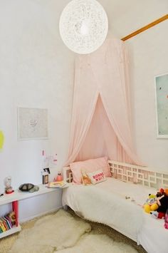 Una casa natural y llena de estilo http://antioquiainteriorismo.blogspot.com.es/2014/09/una-casa-natural-y-llena-de-estilo.html