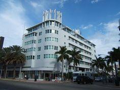 Albion Hotel (1939) 1650 James Ave, Miami Beac. Architectes : Igor B. Polevitzky and T. Triplett Russell. ©GB