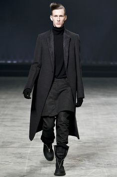 Rick Owens Fall 2011 Menswear Fashion Show
