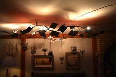 lamagiadelhierro.com Track Lighting, Lamps, Ceiling Lights, Home Decor, Lightbulbs, Decoration Home, Room Decor, Ceiling Lamp, Light Fixtures