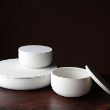 modern ceramics in muted tones   Lilith Rockett   Portland, Oregon #madeinamerica #madeinusa