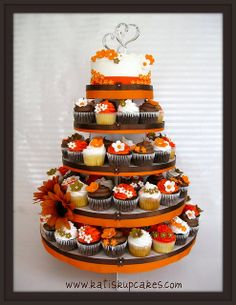 6 inch cake with cupcake tower for fall wedding | fall-wedding-cupcake-tower.jpg | Flickr - Photo Sharing!