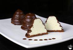 Те, кто когда либо были в Израиле, не могли не познакомиться с этим замечательным десертом. Песочная основа, нежная, воздушная начинка и шоколадная…