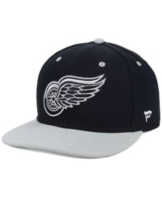 Authentic Nhl Headwear Detroit Red Wings Blackout Emblem Snapback Cap -  Black Silver Adjustable Detroit 374f0883a4ff