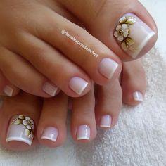 Toes in acrylic French Pedicure, Pedicure Nail Art, Toe Nail Art, Hair And Nails, My Nails, Nailed It, Diva Nails, Feet Nails, Trendy Nail Art