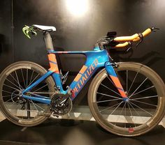 Triathlon Bikes, Trek Madone, Trial Bike, Bicycle Race, Bicycle Design, Road Bikes, Corvette, Cycling, Sports