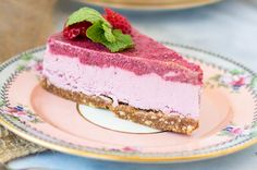 vegan cheesecake recipes, vegan desserts, cashew cheesecake recipes, raw food recipes, raw cheesecake recipes, vegan food