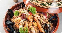 Un viaggio alla scoperta dei sapori, dei profumi e delle dolcezze della cucina algerina: 10 ricette davvero imperdibili.