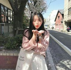 Image about girl in ulzzang. Peach Aesthetic, Aesthetic Japan, Korean Aesthetic, Aesthetic Girl, Aesthetic Fashion, Mode Ulzzang, Ulzzang Korean Girl, Uzzlang Girl, Pink Girl