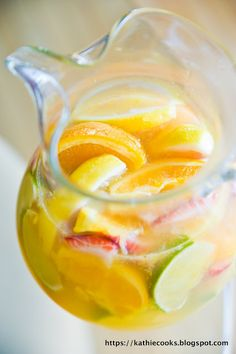 Kathie Cooks...: Simple White Wine Sangria