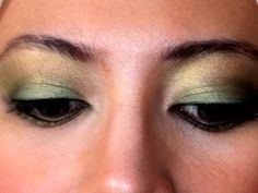Shimmery green and yellow eye shadow. <3