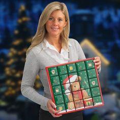 """#Adventskalender PUZZLE BOX """"Rosalie Brown"""" von #joyPac® ● #Puzzle-Adventskalender sind im attraktiven Design ● Sie müssen die 24 Boxen nur noch mit kleinen Geschenken befüllen. ● Werden die Schachteln umgedreht, entsteht ein neues Motiv. ● Zum Aufstellen oder auch zum Aufhängen ● 23 Boxen haben eine Größe von 6x6x6 cm und eine Box mit der Größe 6x6x12,5 cm. ● Aufgestelltes Format: 34 x 6 x 34 cm ● #Wellpappe, #Karton, #Kreativ, #Advent, #Weihnachten"""