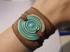 adorno para pulsera de ceramica esmaltada