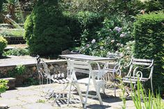 Furniture for the home - Garden Furniture