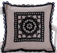(notitle) - Tricot et crochet - Adele Something Crochet Cushion Cover, Crochet Cushions, Sewing Pillows, Crochet Pillow, Diy Pillows, Throw Pillows, Handmade Pillows, Crochet Home, Love Crochet