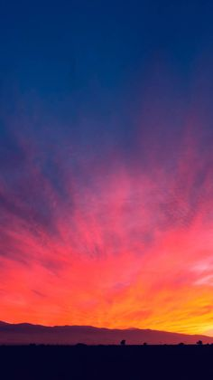 Sunset-Sky-Board-iPhone-Wallpaper