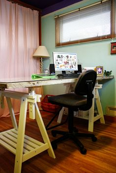 Make A Desk From An Old Door: This One Was Made Using Two Thirty