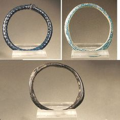 ancient glass bangles | Three ancient Roman glass bangles - 40/50 mm (3) - Catawiki