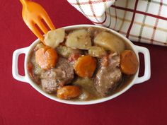 Easy Crock Pot Beef Stew | Weelicious