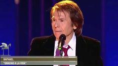 """Raphael interpreta """"Gracias a la vida"""" en la gala  Premios Ondas 2015"""