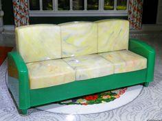 Ideal RARE IDEAL SOFA BED Vintage Dollhouse Furniture Renwal Marx Plasco Plastic