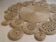 New Photographs Round Rugs crochet Thoughts Maybe you have wanted to incorporate. - New Photographs Round Rugs crochet Thoughts Maybe you have wanted to incorporate a round rug at hom - Beige Carpet, Diy Carpet, Rugs On Carpet, Cotton Cord, Painting Carpet, Knit Rug, Crochet Carpet, Round Rugs, Cool Rugs