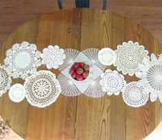 This charming idea is perfect for Pinterest, but it's even better for your dining room table!