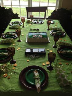 Die Ideen für die Hobbit-Geburtstagsfeier - 2008 for kids -heya- Dinner Themes, Party Themes, Party Ideas, Event Ideas, Gift Ideas, Middle Earth Wedding, Hobbit Party, Ideas Para Organizar, Costumes