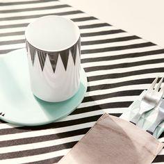 Ferm Living Tischset, black stripe #FermLiving #artvoll #TopMarke www.artvoll.de