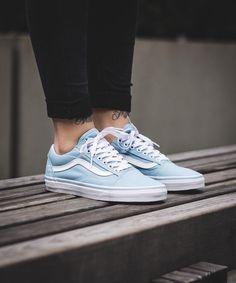 #vans #shoes #trainers Tenis Vans, Vans Sneakers, Sneakers Fashion, Fashion Shoes, Pretty Shoes, Cute Shoes, Me Too Shoes, Vans Outfit, Dream Shoes