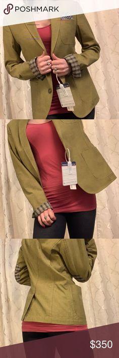 Cappotto con maglioncino, pantalone e pashmina MTF