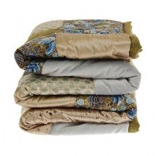 Přehozy a deky z patchworku Comforters, Outdoor Blanket, Home, Scrappy Quilts, Creature Comforts, Quilts, Ad Home, Homes, Haus