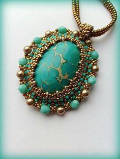 making beaded jewelry Beaded Jewelry Designs, Bead Jewellery, Seed Bead Jewelry, Pendant Jewelry, Jewelery, Handmade Jewelry, Diy Jewelry, Jewelry Findings, Jewelry Ideas