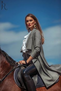 Bild Bild - Art Of Equitation Equestrian Chic, Equestrian Girls, Equestrian Outfits, Horse Riding Pants, Horse Riding Tips, Riding Boots, Riding Breeches, Leder Outfits, Horse Accessories
