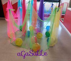 Treasure Basket, Toddler Classroom, Messy Play, Baby Development, Reggio Emilia, Summer School, Childcare, Toddler Activities, Ideas Para