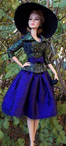 Agnes LA BLUE CHAPOTEE **+